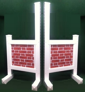 JR22 - 1 Pair of Wing Standards PVC horse jumps