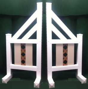 SO06 - 1 Pair of Wing Standards PVC horse jumps