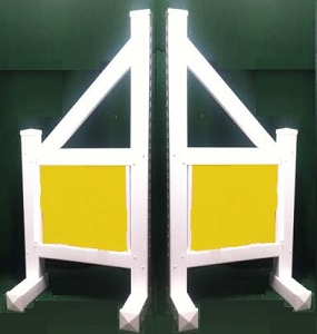 SO07 - 1 Pair of Wing Standards PVC horse jumps